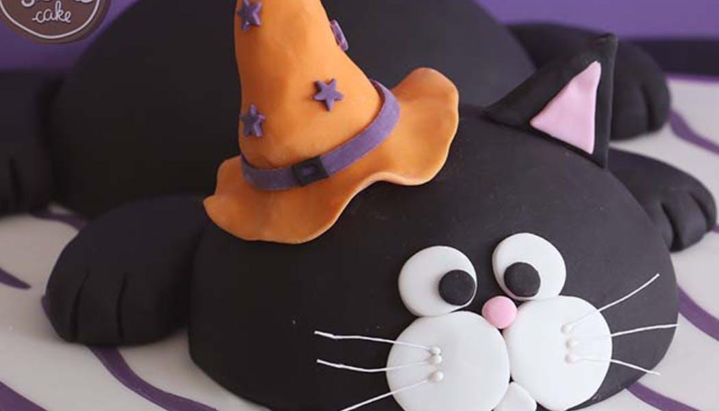 Gâteau chat noir d'Halloween