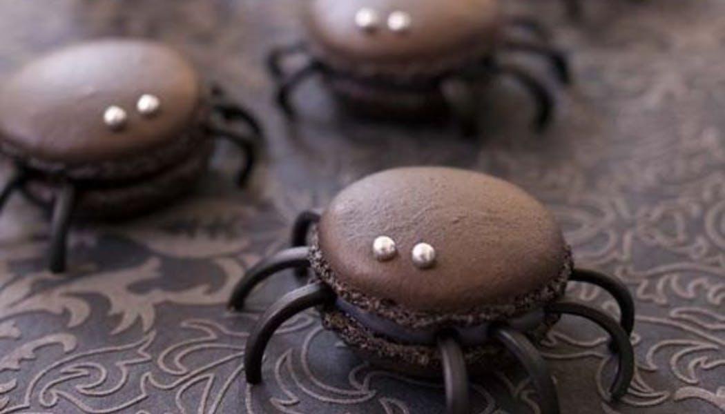 Macaron araignées à la réglisse de Halloweenhttps://www.pinterest.fr/pin/163748136427085536/