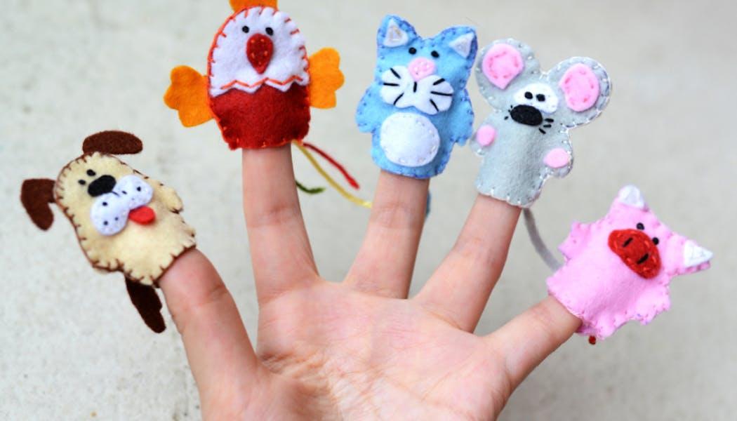 Des mini marionnettes pour les doigts