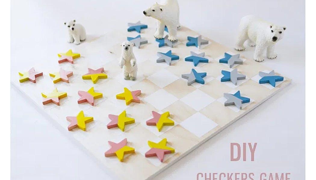 Un jeu de dames avec des étoiles