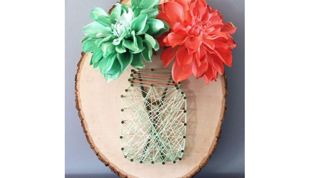 un vase en string art