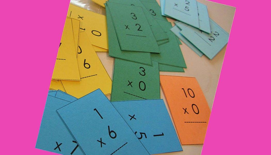 des flash cards pour apprendre les tables de multiplication