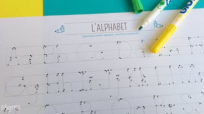 alphabet en pointillé
