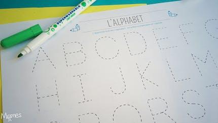 Apprendre à tracer les lettres de l'alphabet en majuscule