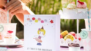 Astuce bricolage : création d'une carte d'invitation pour un anniversaire