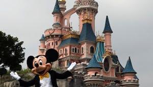 Attention aux arnaques aux billets gratuits pour Disneyland et autres parcs !
