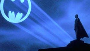 Batman : un Bat-Signal géant sera projeté à Paris pour les 80 ans du Super-Héros !