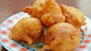 Beignets de maïs au cheddar, à servir pour l'apéro ou en entrée