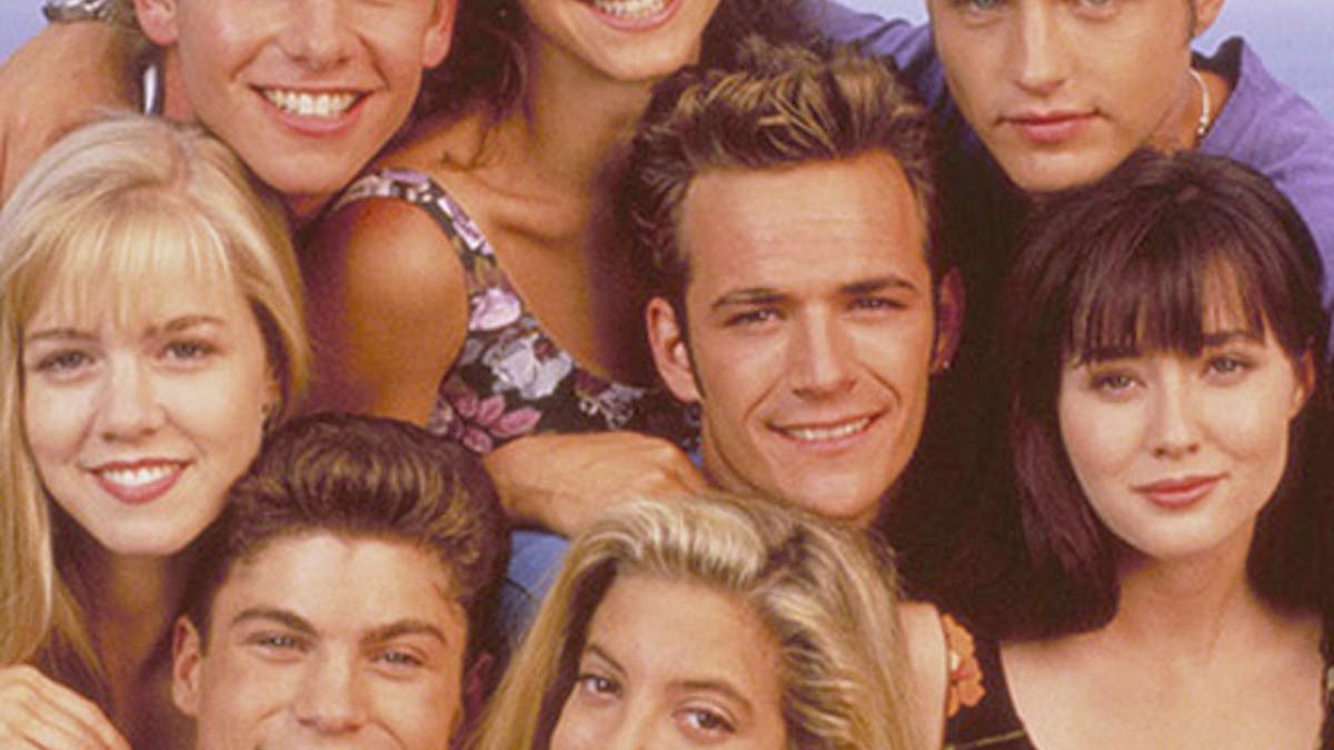 reboot série années 90 Beverly Hills 90210 casting       original