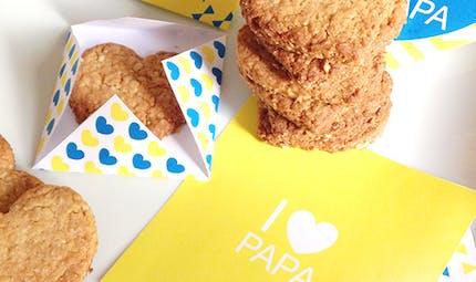Les biscuits-coeurs au miel et flocons d'avoine