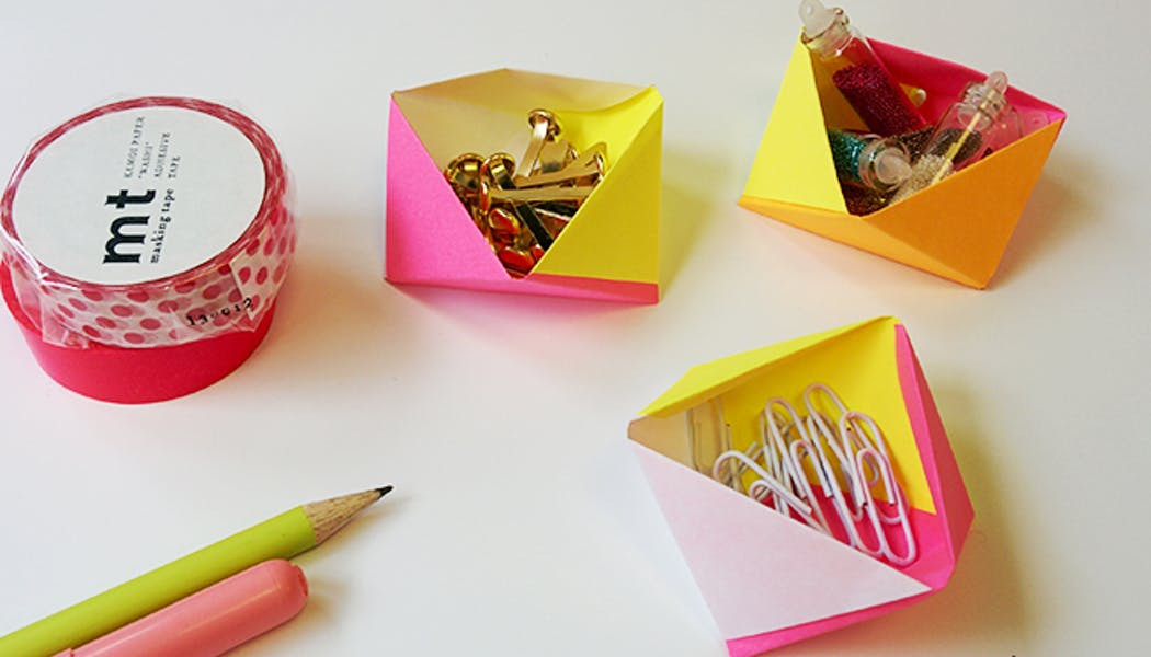 Boîte géométrique en papier