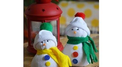 idées cadeaux Noël DIY bricolages faire soi-même         Bonhomme de neige chaussette