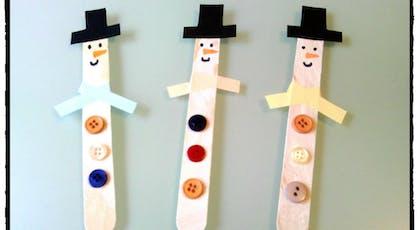 Bonhommes de neige en bâtonnets