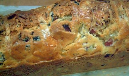 Cake au jambon et aux olives, en entrée ou pour l'apéro