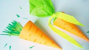 Carotte de Pâques en papier