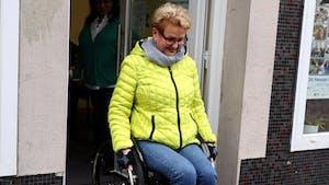 Cette grand-mère fabrique des rampes d'accès en Lego pour les personnes handicapées