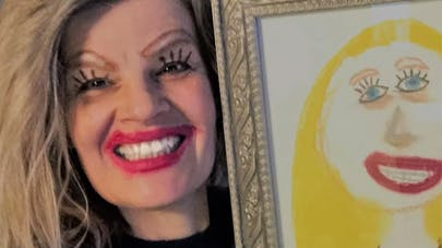 portrait maman dessin fille maquillage selfie humour       reddit