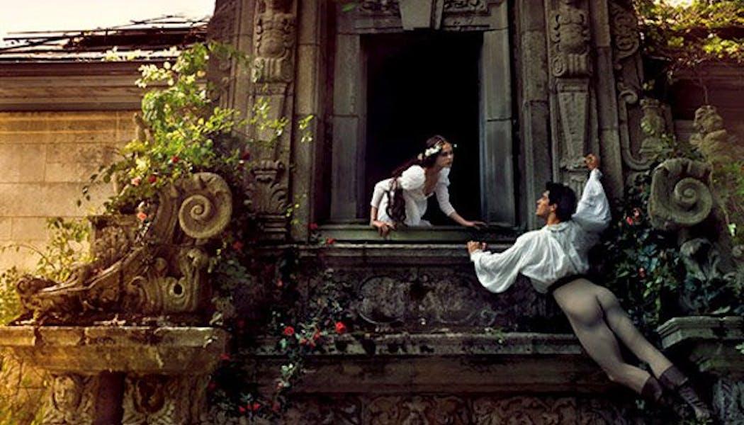 Coco Rocha et Roberto Bolle (Roméo et       Juliette)