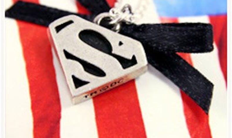 Collier Superman