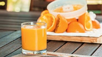 Comment préparer un succulent jus d'orange à la maison