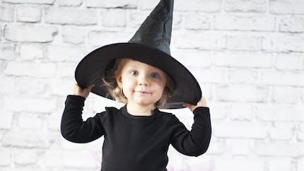 Costume d'Halloween: le chapeau de sorcière