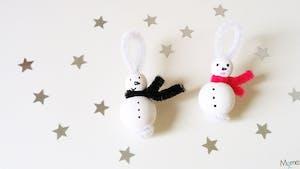 Des bonshommes de neige pour le sapin
