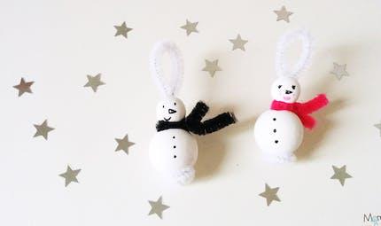 Des bonhommes de neige pour le sapin