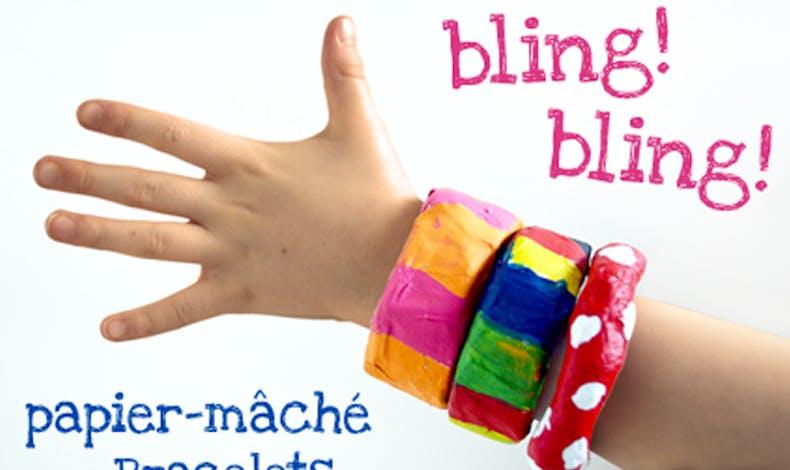 bracelets en papier maché
