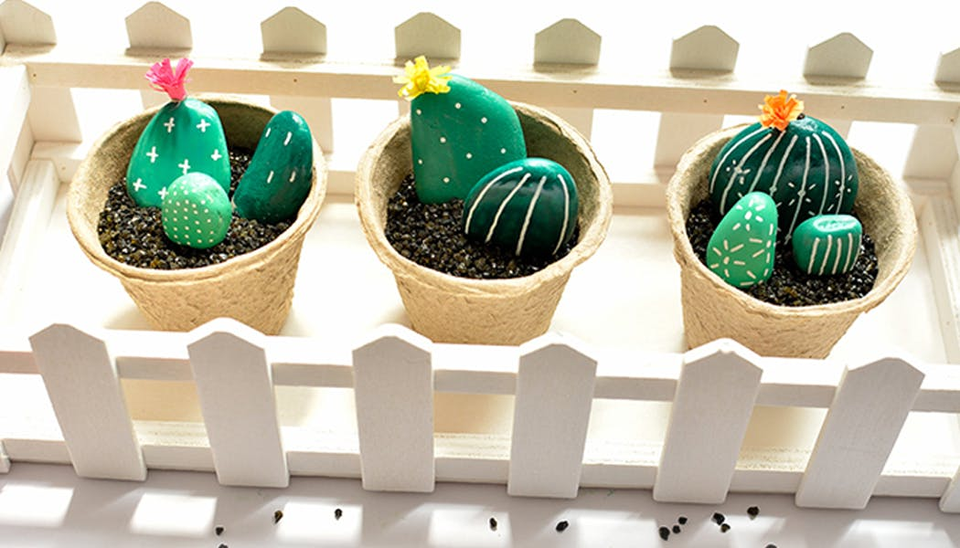 idées cadeaux Noël DIY faire soi-même bricolages des         cactus galets