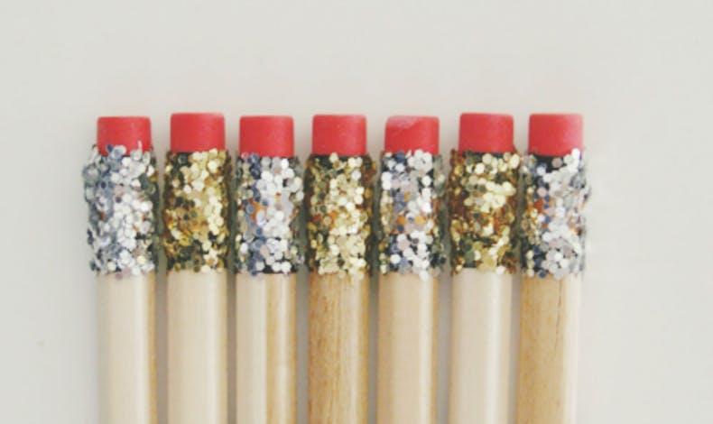 Des crayons pailletés