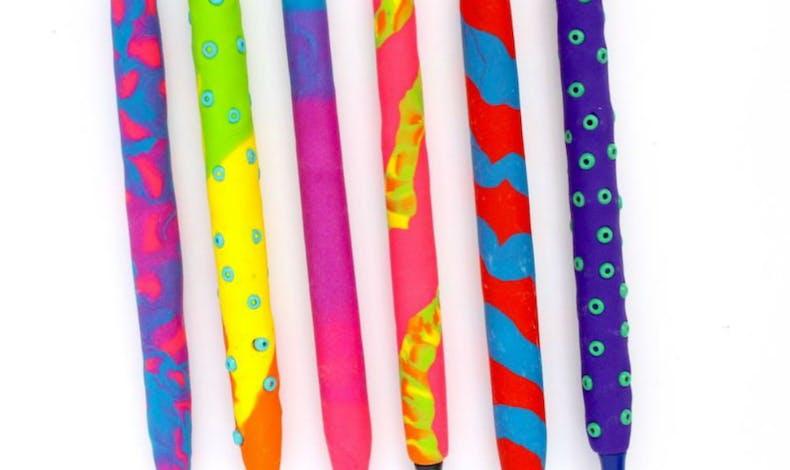 Des stylos en argile polymère