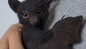 Elle crée des animaux en peluche totalement adorables !