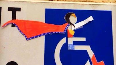 détournement humour panneaux stationnement       handicapés