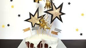 Fabriquer la décoration du gâteau du Nouvel An
