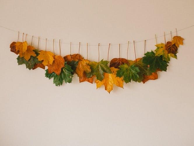 guirlande de feuilles mortes