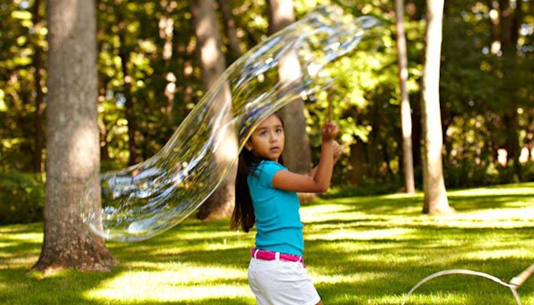 Faire des bulles de savon géantes