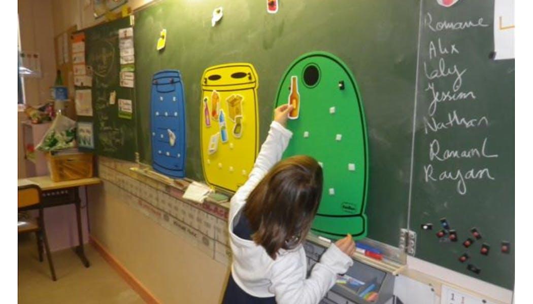 Faire participer les enfants au tri des       déchets