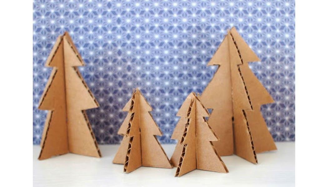 Forêt de sapins en carton
