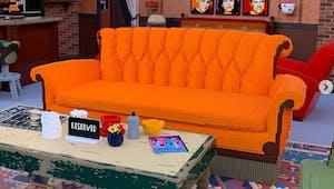 Friends : le café Central Perk reproduit tout en LEGO grandeur nature !