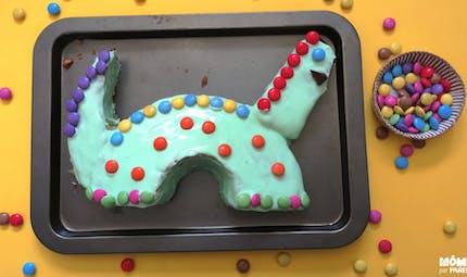Gâteau d'anniversaire dinosaure