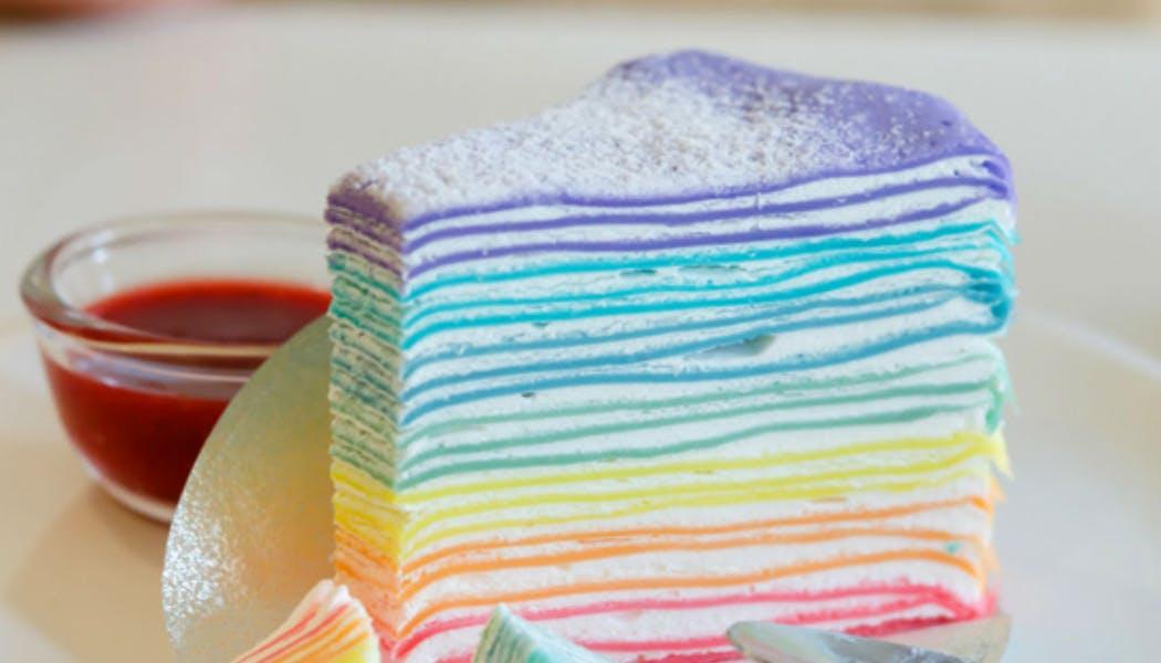 Gâteau de crêpes « Arc-en-ciel »