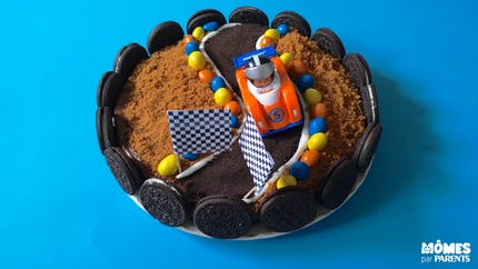 Gâteau voiture de course