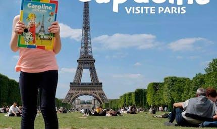"""Génial : Ce papa reproduit l'album dessiné """"Caroline visite Paris"""" avec sa fille de 4 ans"""