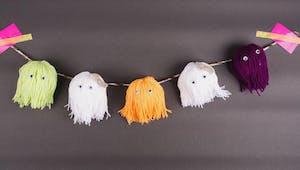 Guirlande de fantômes en laine