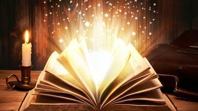 livre enchantée, magie qui ressort du livre