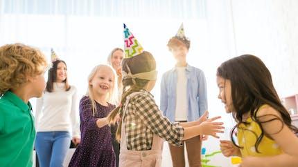 Idées de jeux d'intérieur pour un anniversaire enfant