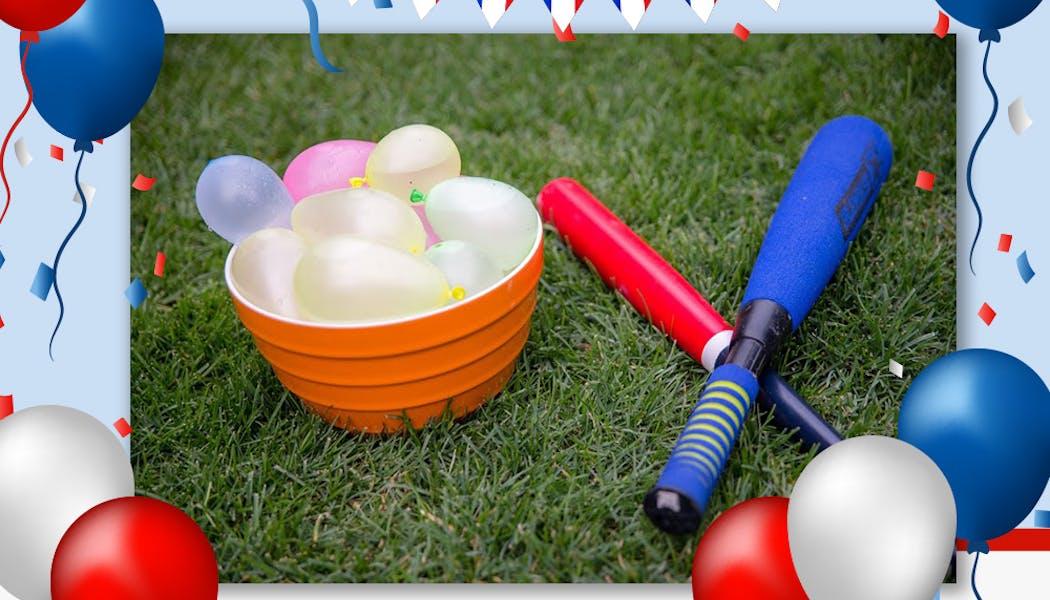 Jouer au base-ball de ballon d'eau