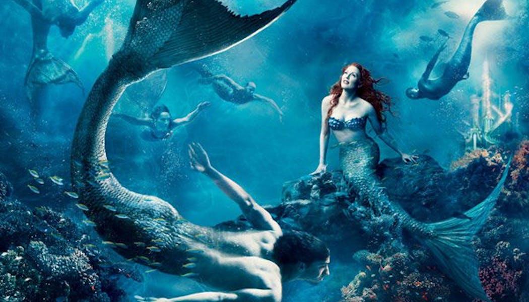 Julianne Moore (Ariel dans La Petite Sirène)