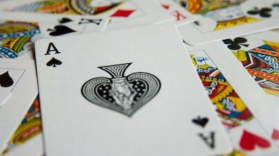 jeu de carte l'horloge