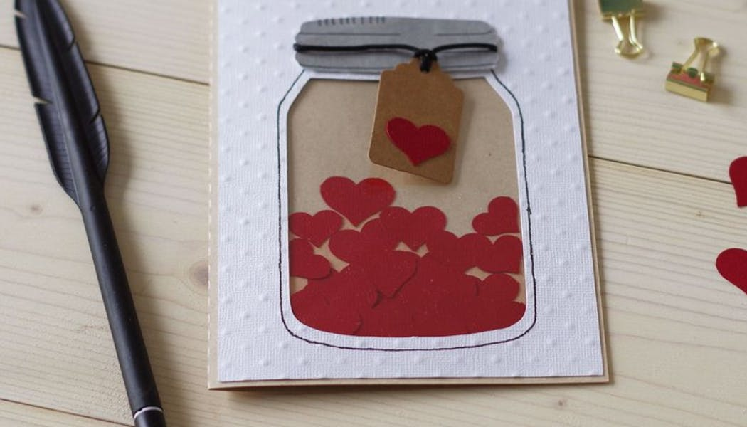 La carte bocal à petits cœurs